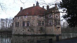 Burg Vischering – Betreten der Baustelle erlaubt!