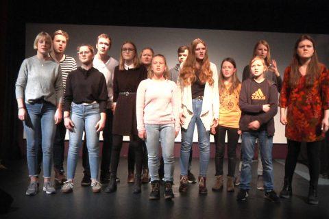 Neues Stück im Lea Drüppel Theater – O-Line Limit überschritten