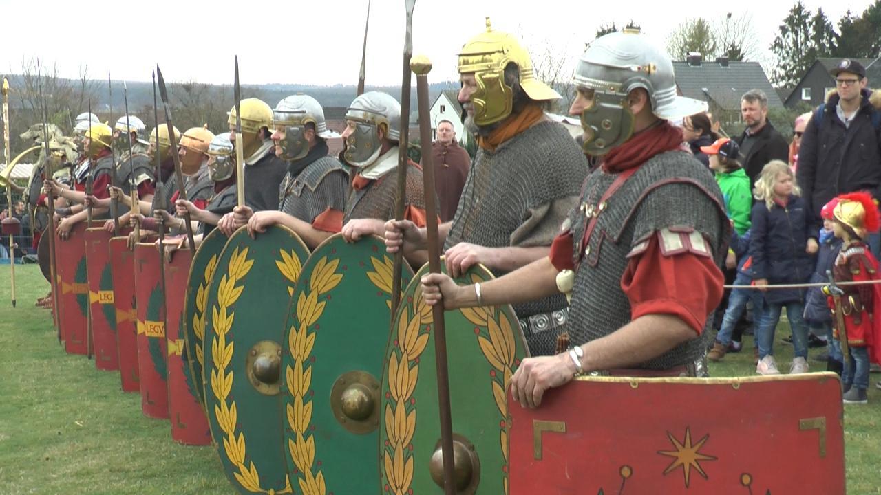 Musterung römischer Legionäre im Lager Aliso