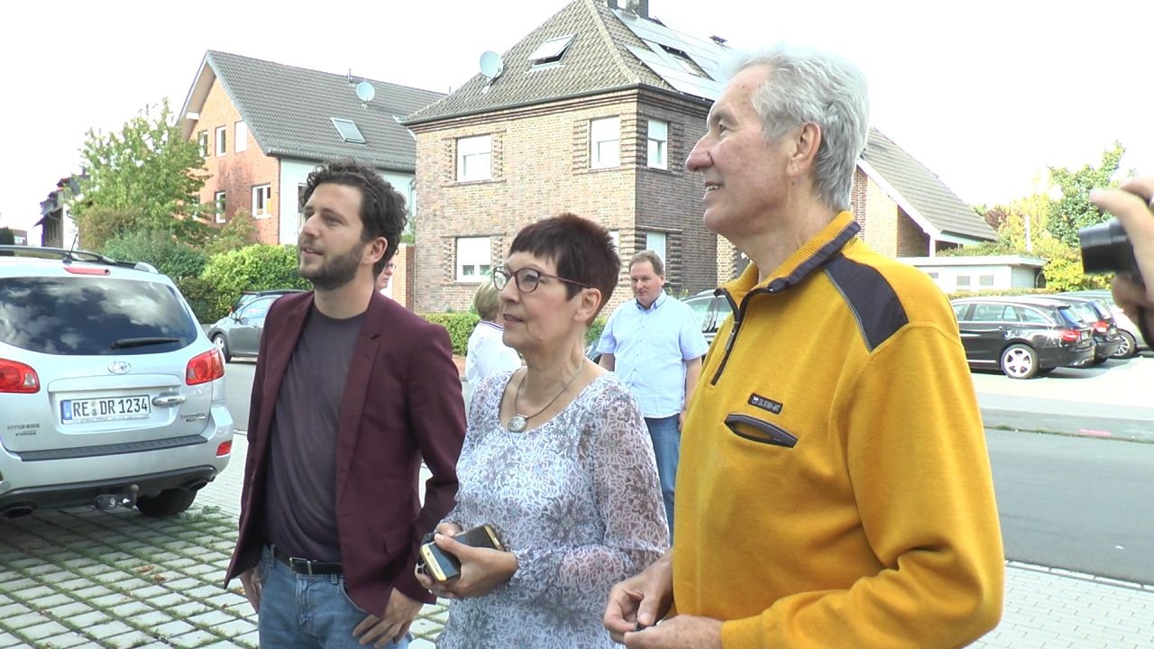 Felix Banaszak besucht die Klimaschutzsiedlung Lina e.G.