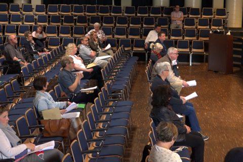 Ausschußsitzung in der Aula statt im Ratssaal